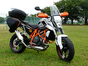 ケンツKTM690DUKE ADVENTER